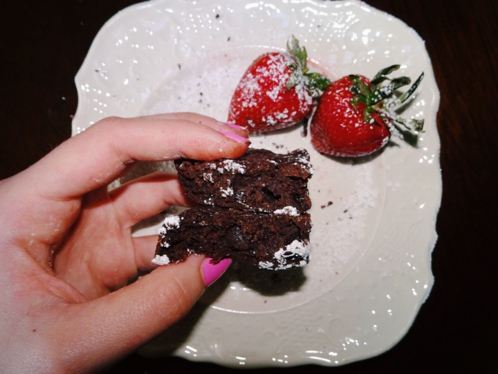 GLUTEN FREE, GRAIN FREE, AND REDUCED GUILT CHOCOLATE CHUNKBROWNIES